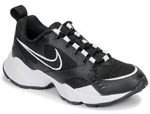 Xαμηλά Sneakers Nike AIR HEIGHTS W ΣΤΕΛΕΧΟΣ: Ύφασμα & ΕΠΕΝΔΥΣΗ: Ύφασμα & ΕΣ. ΣΟΛΑ: Ύφασμα & ΕΞ. ΣΟΛΑ: Καουτσούκ