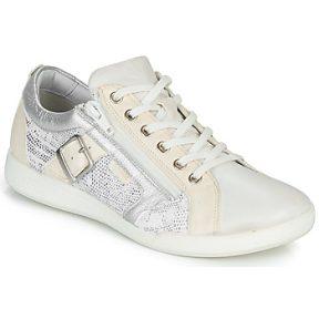 Xαμηλά Sneakers Pataugas PAULINE/S ΣΤΕΛΕΧΟΣ: Δέρμα & ΕΠΕΝΔΥΣΗ: Δέρμα & ΕΣ. ΣΟΛΑ: Δέρμα & ΕΞ. ΣΟΛΑ: Συνθετικό