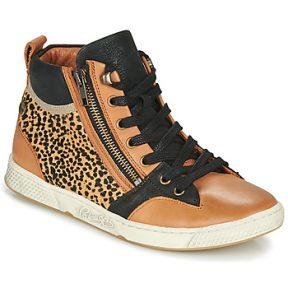 Ψηλά Sneakers Pataugas JULIA/PO F4F ΣΤΕΛΕΧΟΣ: Δέρμα & ΕΠΕΝΔΥΣΗ: Δέρμα & ΕΣ. ΣΟΛΑ: Δέρμα & ΕΞ. ΣΟΛΑ: Συνθετικό