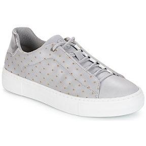 Xαμηλά Sneakers Bullboxer AID006 ΣΤΕΛΕΧΟΣ: Δέρμα & ΕΠΕΝΔΥΣΗ: Ύφασμα & ΕΣ. ΣΟΛΑ: Συνθετικό & ΕΞ. ΣΟΛΑ: Συνθετικό